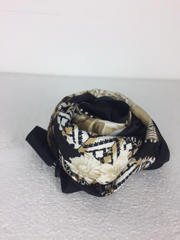 pañuelo abanico negro y marrón